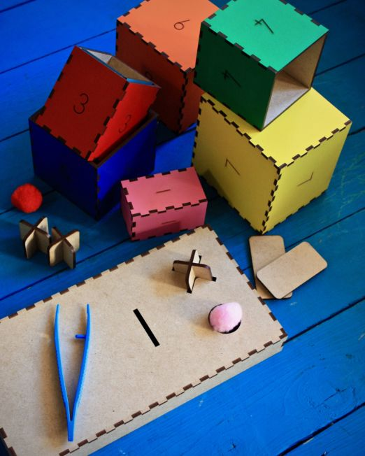 Busy Bags/Boxes (Preschoolers)
